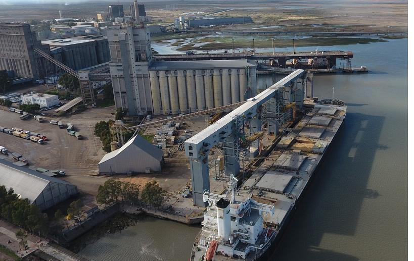 Huella de Carbono: equipo de investigación de la UTN y el Consorcio de Gestión del Puerto estudian su impacto