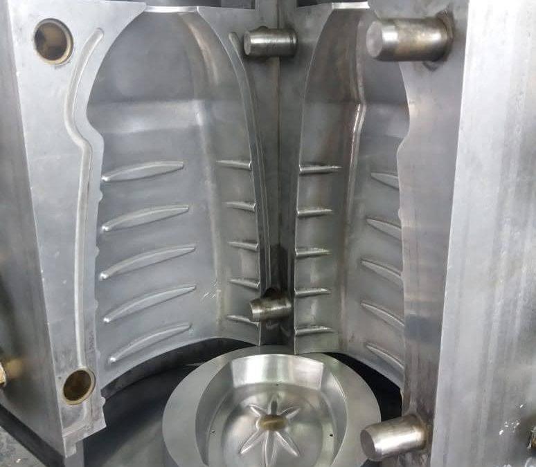 Matriz para envases de polietileno